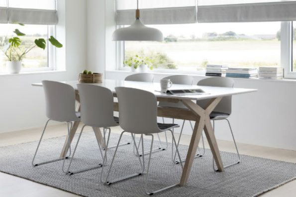 дизайнерска маса за трапезария Scissos s plot ot MDF