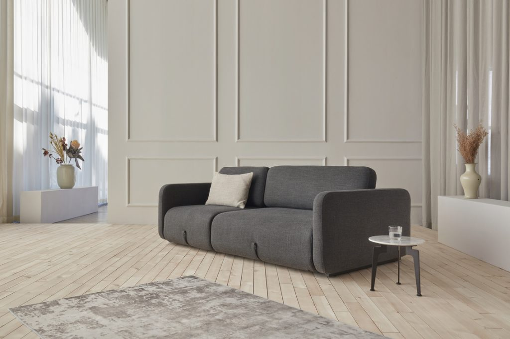 Дизайнерски разтегателен диван Vogan